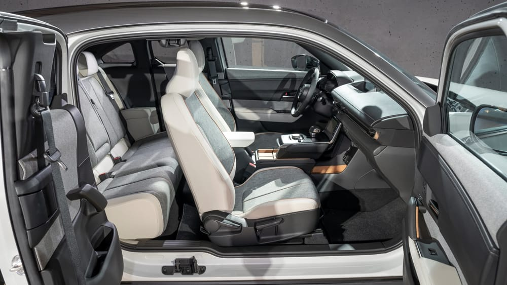 Mazda-MX-30-Design-Model-Static_Interior-13-2
