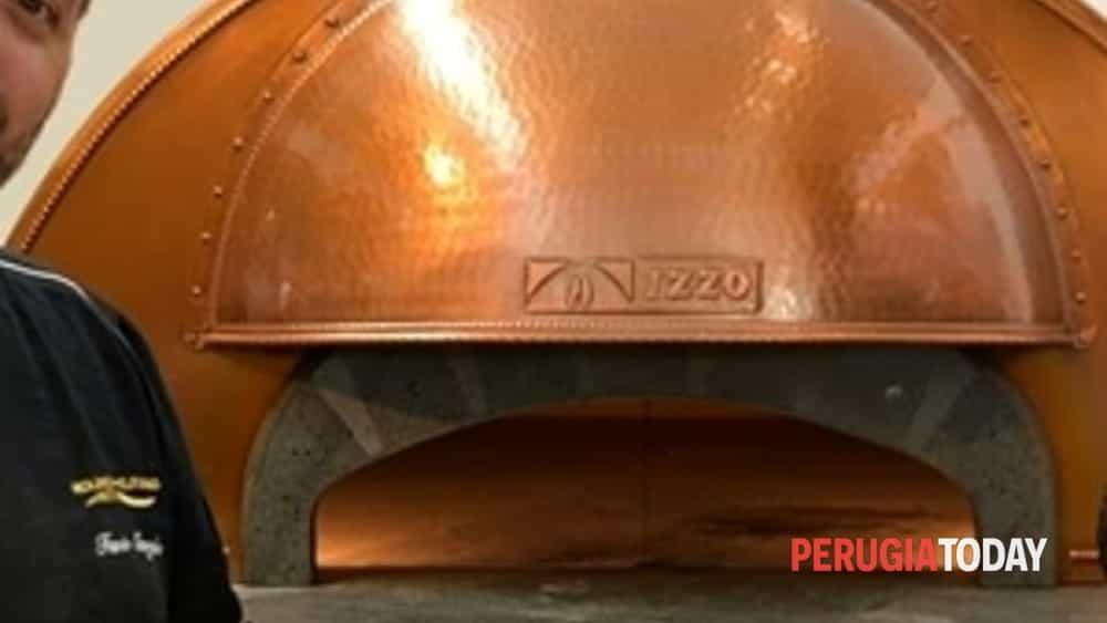 la ricetta per imparare a fare una pizza di qualità? potete apprenderla nelle giornate in-formative dell'accademia antico fienile di trevi.-6