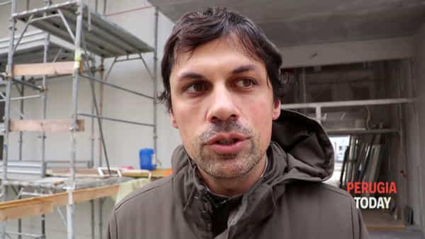 """VIDEO Scuola Carducci-Purgotti, conto alla rovescia per la fine dei lavori. In classe a febbraio? Romizi: """"Valutiamo"""""""