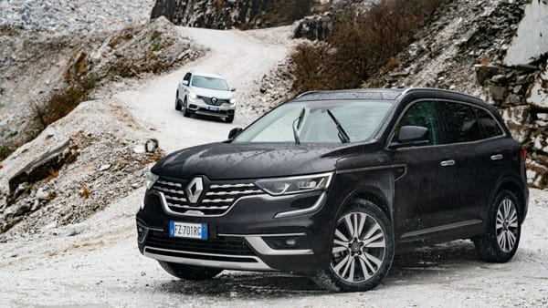 21238828_Nuovo_Renault_KOLEOS_l_avventura_Premium_si_fa_strada
