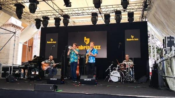 VIDEO Umbria Jazz 2019, musica e turisti per la prima giornata