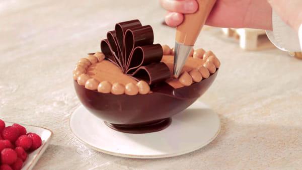 VIDEO Dolci di Pasqua in casa, la proposta del maestro cioccolatiere Alberto Farinelli
