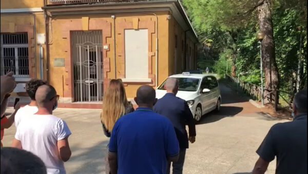 VIDEO Suarez a Perugia, all'Università per stranieri l'esame di Italiano