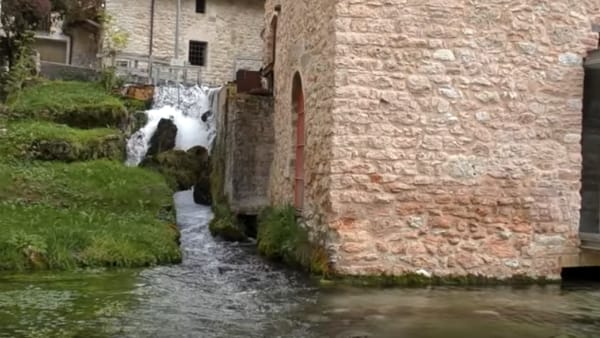 VIDEO Rasiglia, il borgo delle acque incanta: il viaggio nella bellezza con più di 200mila visualizzazioni
