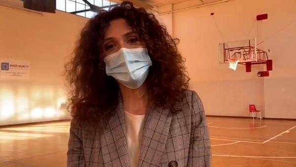 VIDEO Sanificata la palestra di Sant'Erminio, ricovero per i senzatetto durante il 'lockdown'
