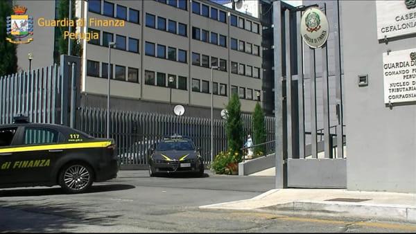 VIDEO - Scoperto dalla Finanza un buco milionario nelle società di energia elettrica