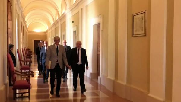 """VIDEO Università di Perugia, il rettore Oliviero presenta la squadra: """"Ho chiesto loro un impegno totale per l'Ateneo"""""""