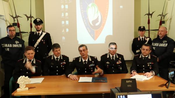 """VIDEO Traffico illecito di rifiuti, il generale Ferla: """"Operazione unica in Italia, non ci fermiamo qui"""