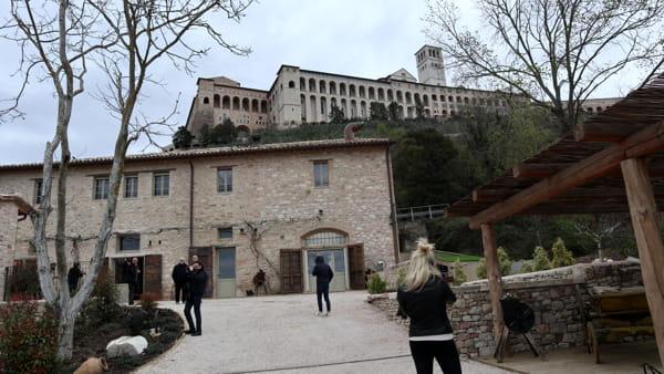 VIDEO Borgo Antichi Orti, il monastero benedettino abbandonato rinasce con Andrea Ranocchia