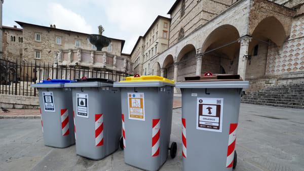 Raccolta dei rifiuti porta a porta estesa a Perugia, stand Gesenu