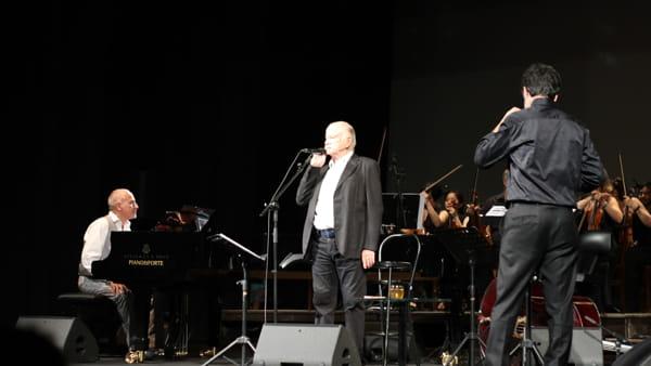 VIDEO Umbria Jazz 2019, Gino Paoli in concerto: al Morlacchi la sua lunga storia d'amore