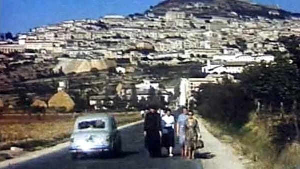 VIDEO Un tuffo nel passato, viaggio in Umbria negli anni Cinquanta: filmato rarissimo