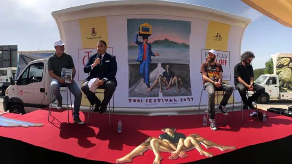 """VIDEO Presentata la nuova edizione di Todi Festival, Guarducci: """"Pop senza deludere la ricerca di sorpresa"""""""