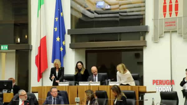"""VIDEO Regione Umbria, la vice presidente del Consiglio Meloni: """"Riportiamo i territori ad essere protagonisti"""""""