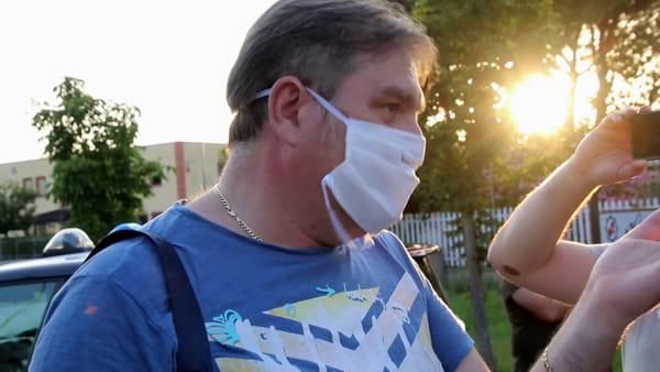 """VIDEO Nuovo incendio alla Biondi: """"Questa zona merita più rispetto. Ok le autorizzazioni, ma vogliamo risposte sulla nostra salute"""""""