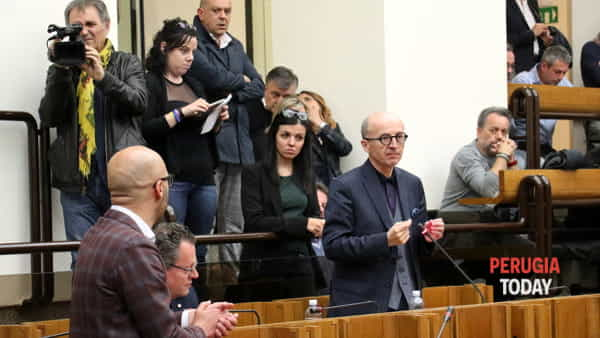 """VIDEO Inchiesta sanità, Ricci: """"Regione nel caos, andremo dal prefetto"""""""