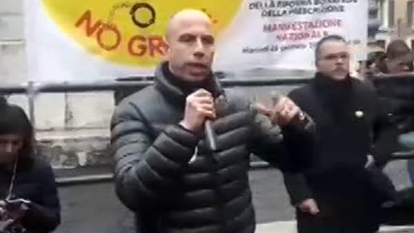 VIDEO - La protesta degli avvocati, la Camera penale di Perugia a Roma contro la riforma Bonafede