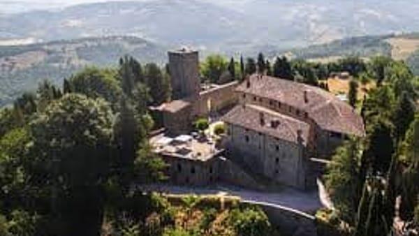 Castello di Petroia, Ferragosto medievale tra musica e banchetti