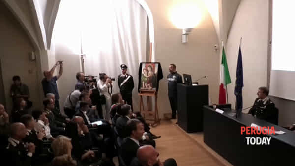 """VIDEO Il Pinturicchio ritrovato, operazione dei carabinieri: """"Così abbiamo scoperto e recuperato l'opera"""""""