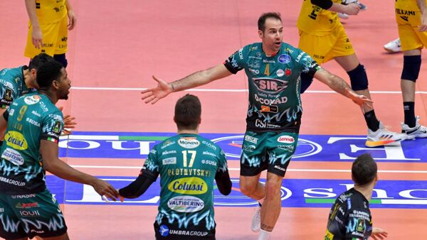 Volley Superlega, Modena-Perugia 1-3: la Sir Safety resta in vetta da sola