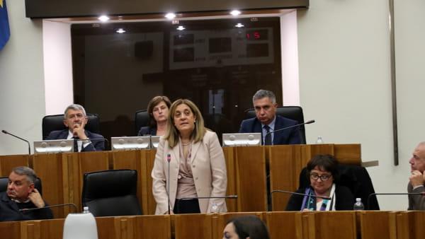 """VIDEO Inchiesta sanità, Marini sulle sue dimissioni: """"Decido in piena autonomia, in tempi brevi"""". E sul segretario Zingaretti a Perugia: """"Salutatemelo"""""""