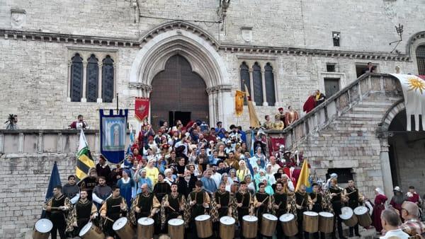 """VIDEO Perugia 1416, la gioia di Porta Santa Susanna: """"Terzo palio, qualcosa vuol dire"""""""