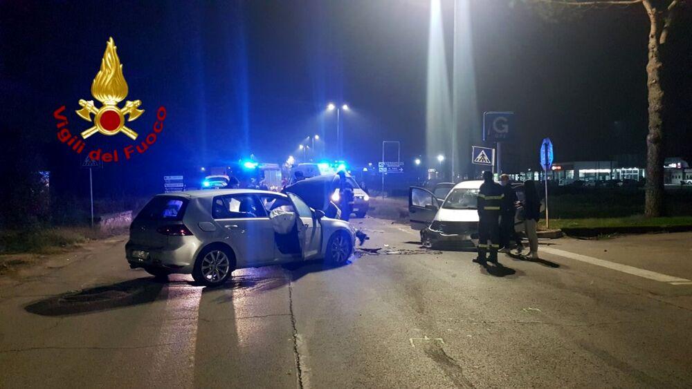 Perugia, incidente in via Corcianese: le immagini