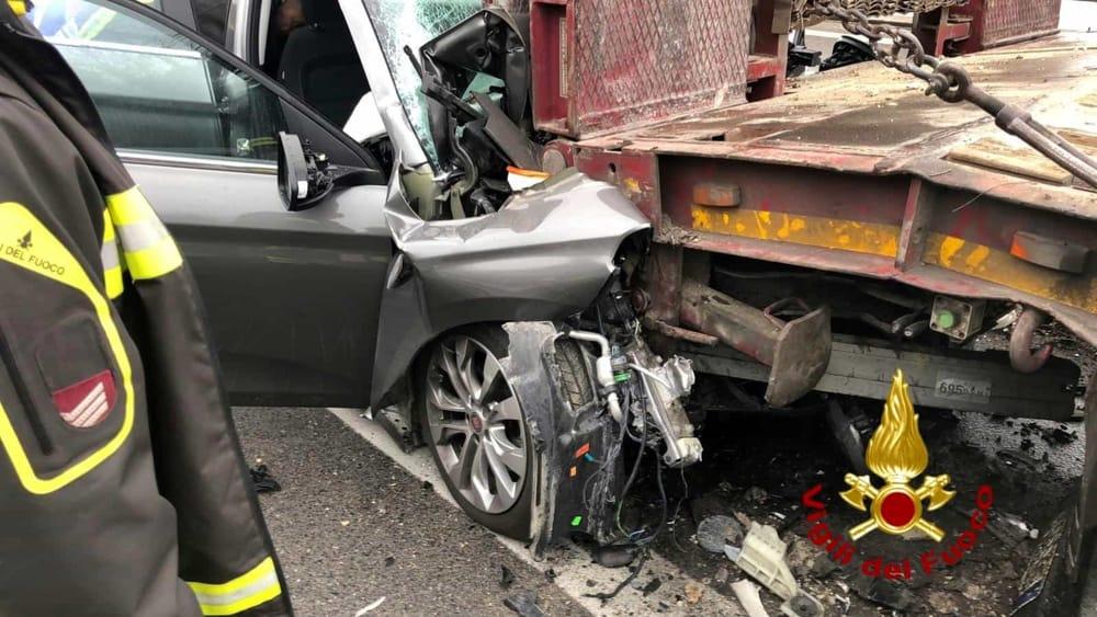 Drammatico incidente lungo la Perugia-Ancona: morto 43enne ...